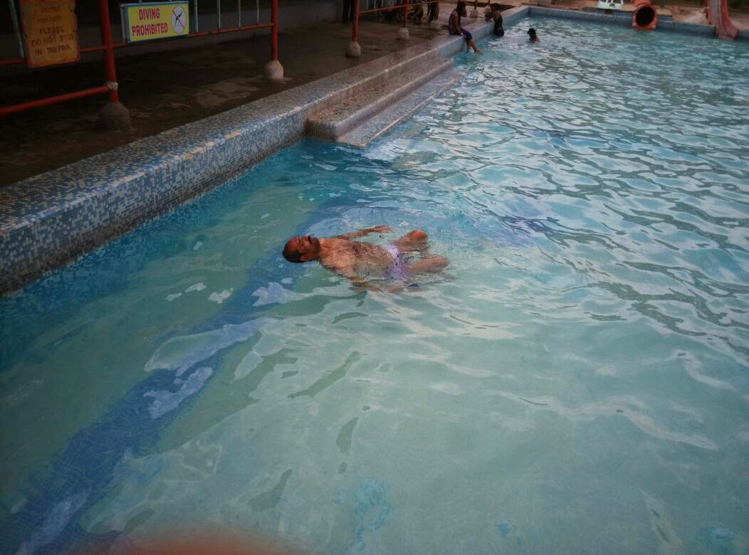My floating experience in water